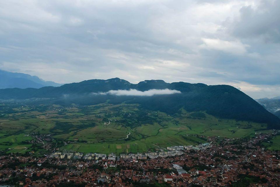 Fotografie Aeriana cu Motoparapanta Piatra Craiului
